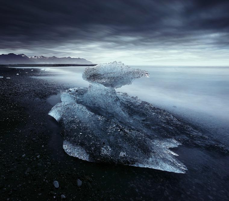 Adrift ... by alexandre-deschaumes