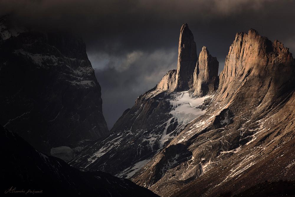 Cerro Espada by alexandre-deschaumes