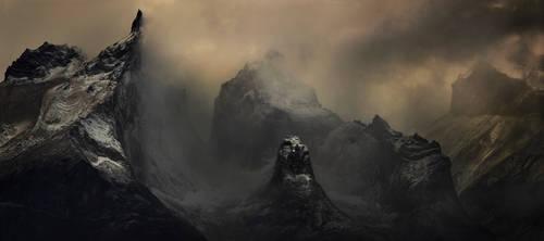Les Montagnes Hallucinees by alexandre-deschaumes
