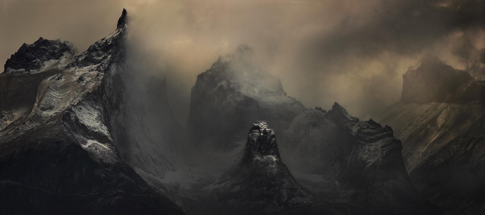 Les Montagnes Hallucinees
