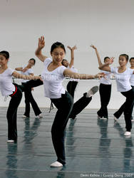 Guang Dong Dancers III