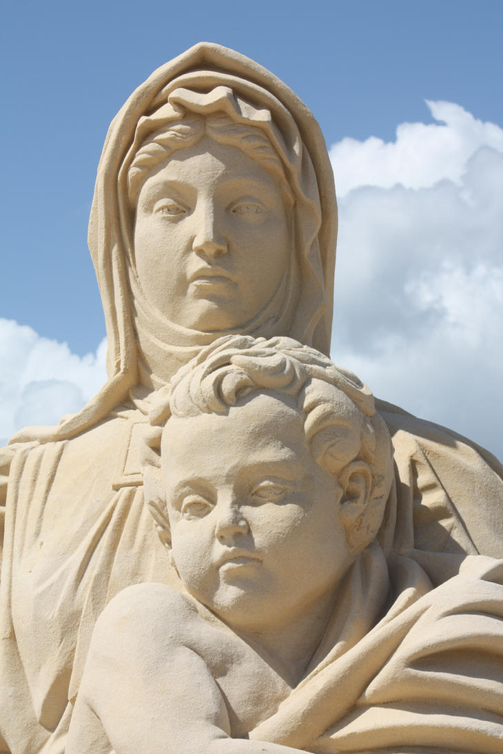 Madonna and Child by mutazoid