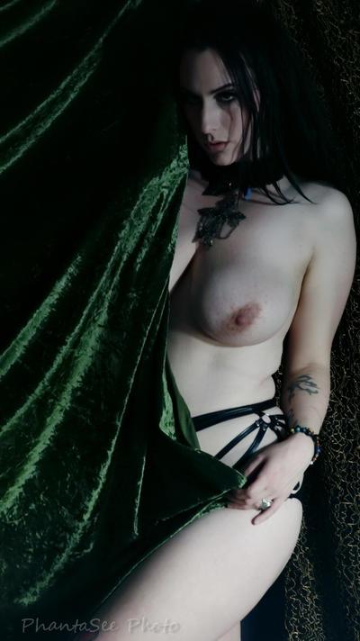 Druidess 16 by Phantasee-photo
