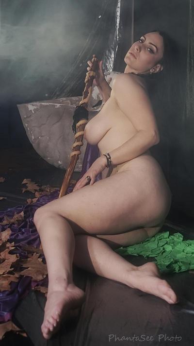 Druidess 19 by Phantasee-photo