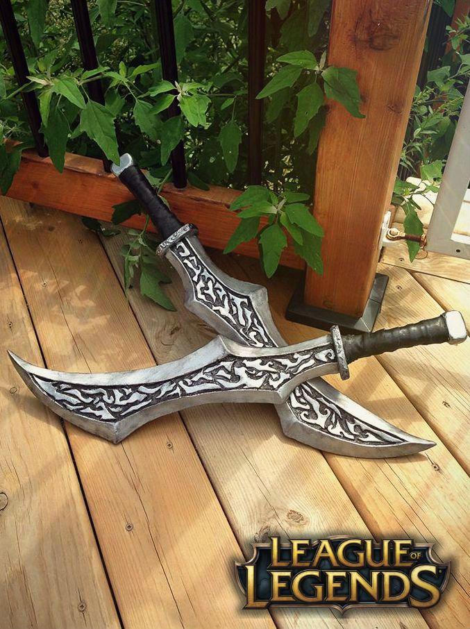 Katarina's Daggers (LoL) by luxxlo