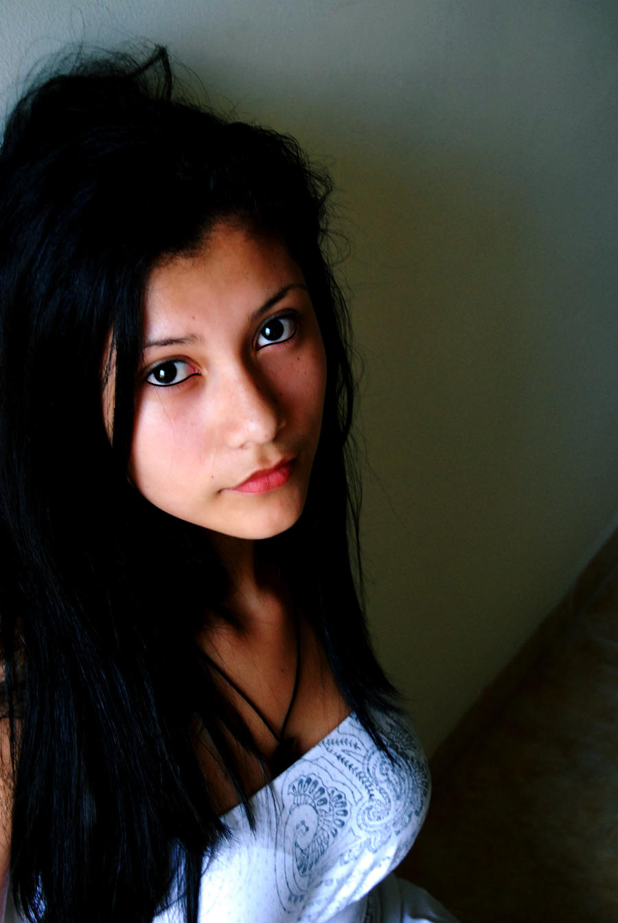 Latina model - looking indise you by n3crofago