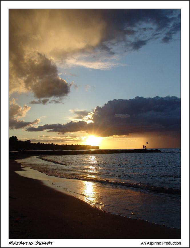 Majestic Sunset by aspirine