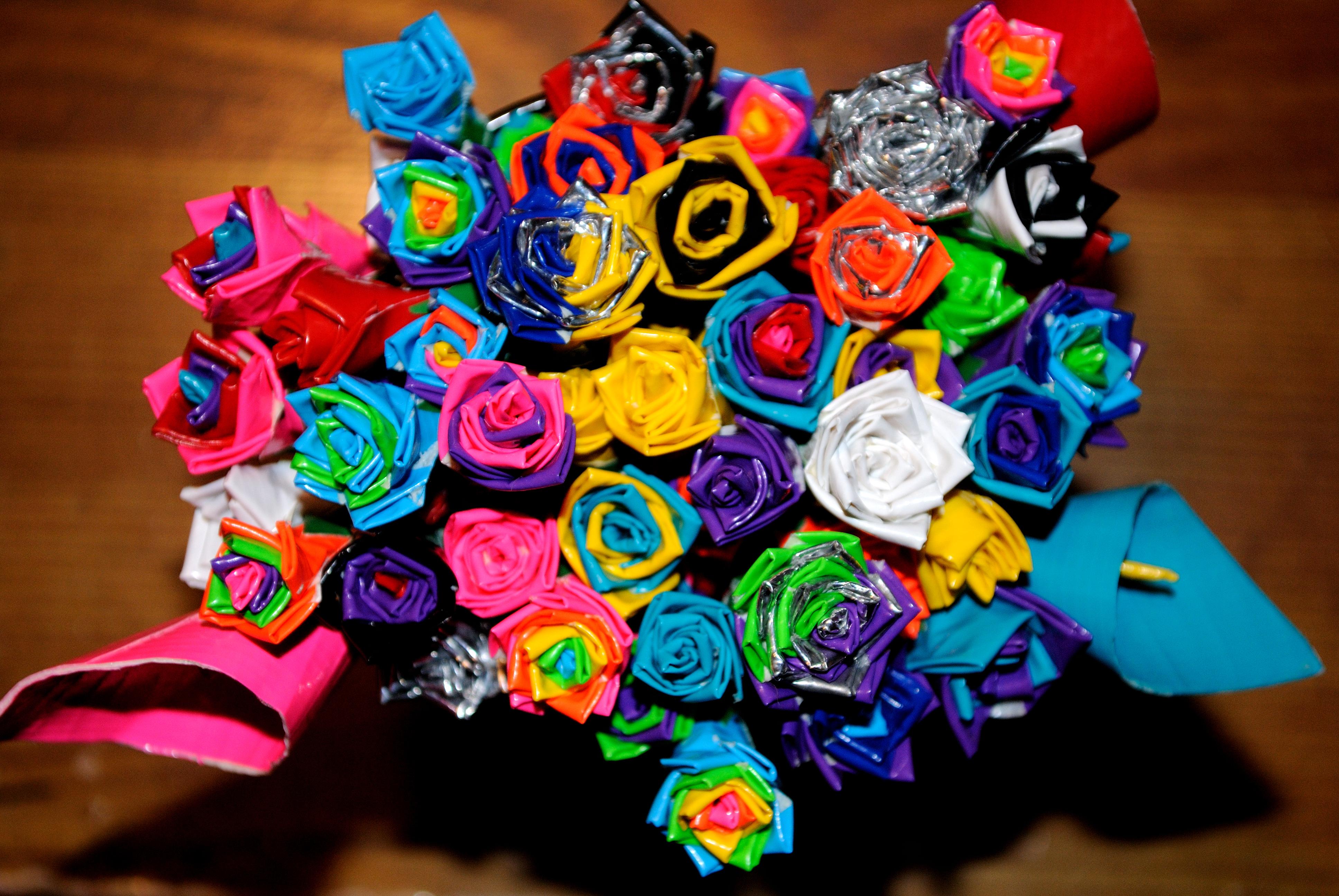 Create tape art diy for Mini duct tape crafts