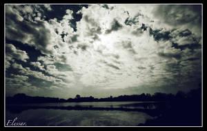 Sky above my Milan... by Elessar777