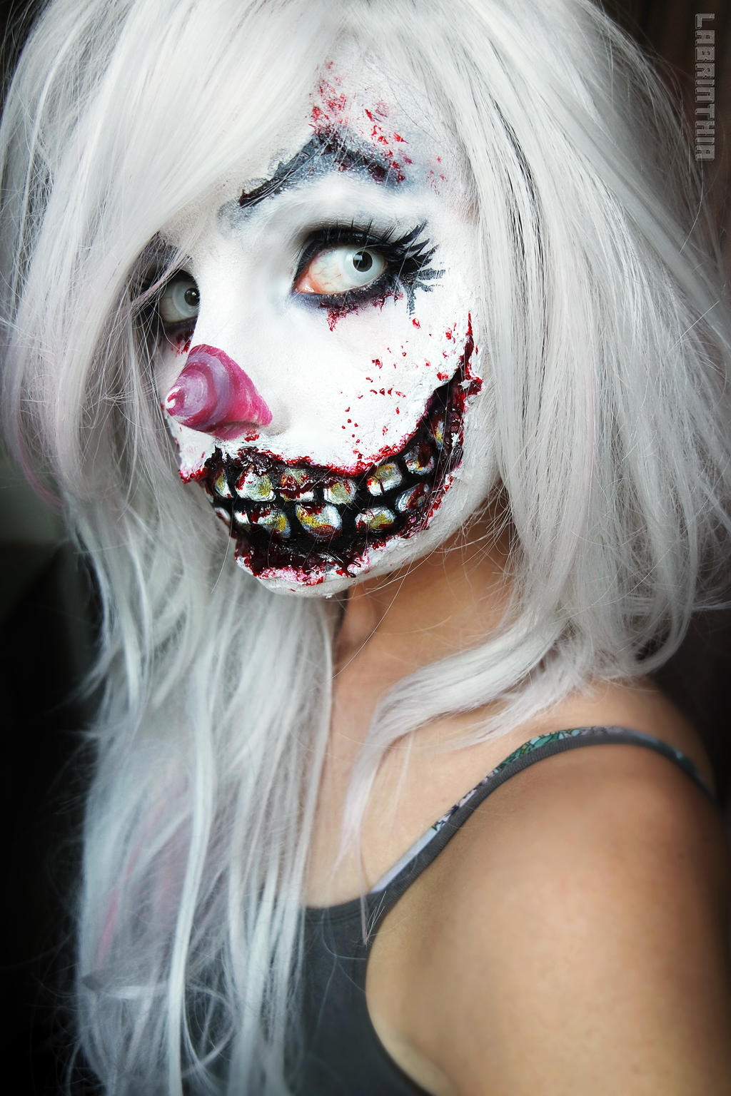creepy clown girl by labrinthia on deviantart