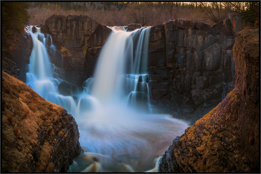 HEART of the Falls by viletaste