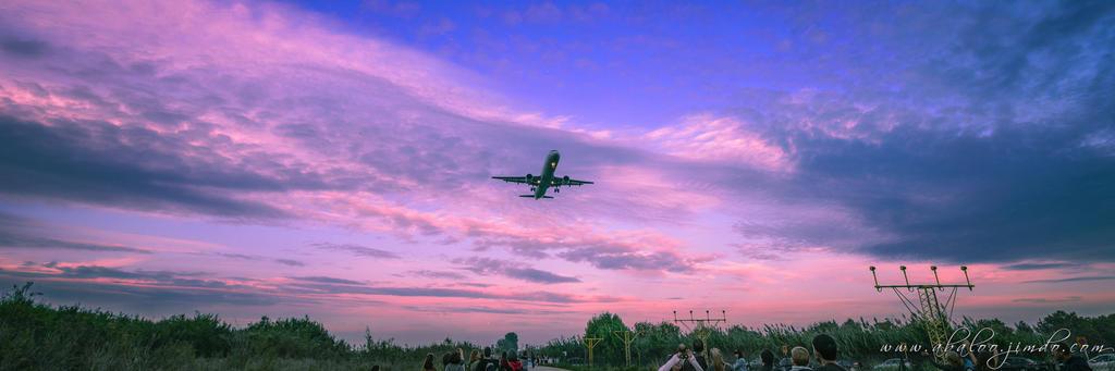 Landing by abaloo72