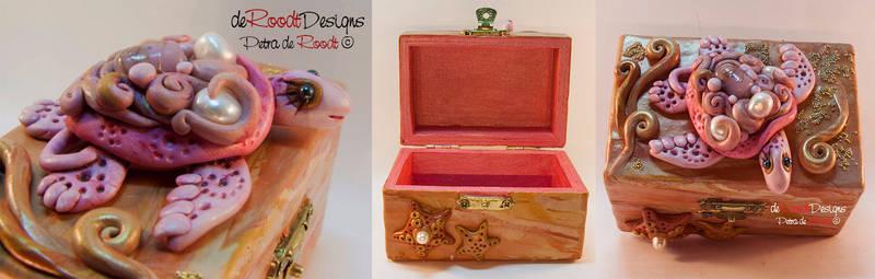 Pink Turtle Box