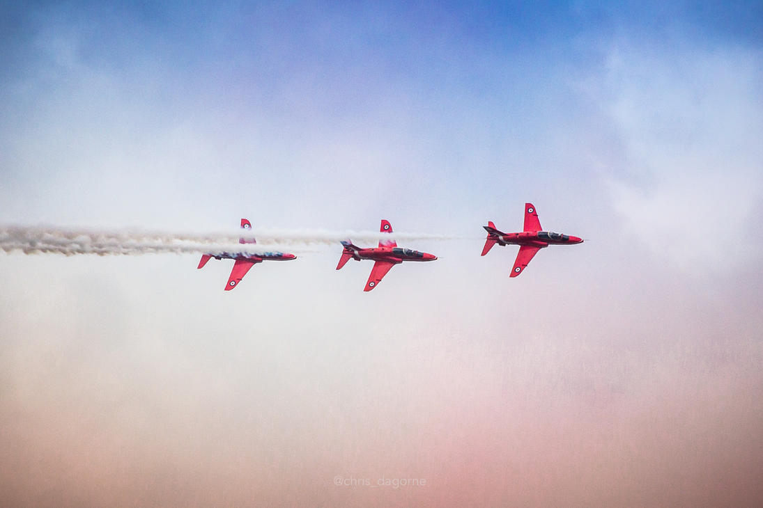 Red Arrows at Bournemouth Air Festival by netzephyr