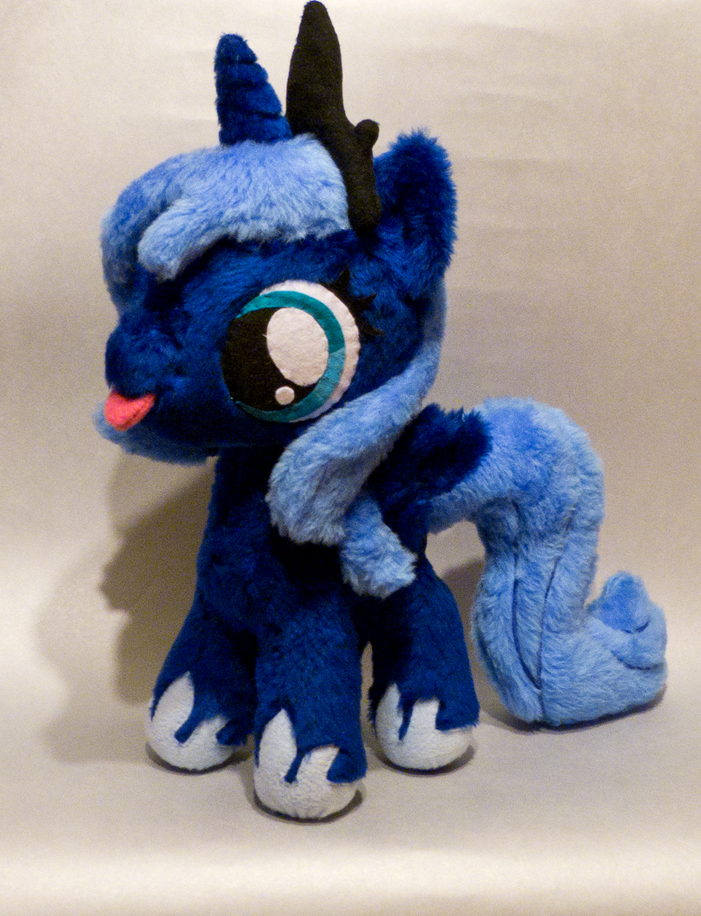 filly Luna by mmmgaleryjka