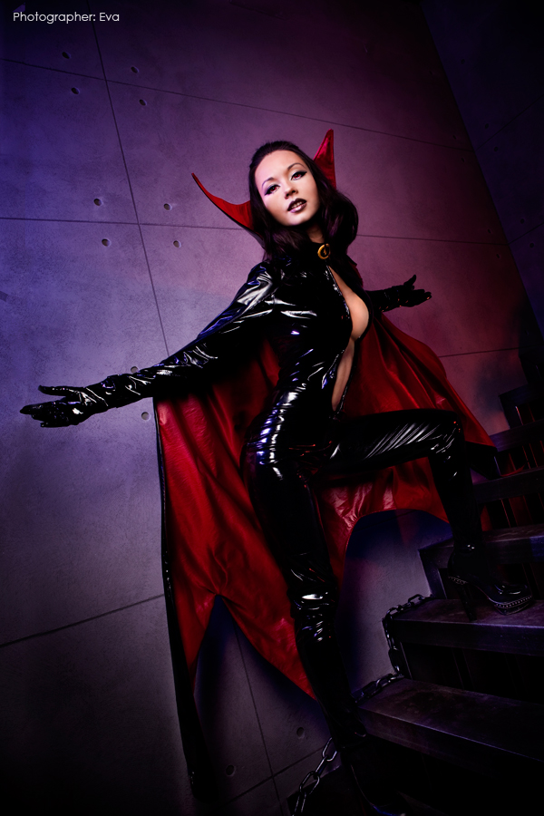 Satana wants to play by Alexia-Muller