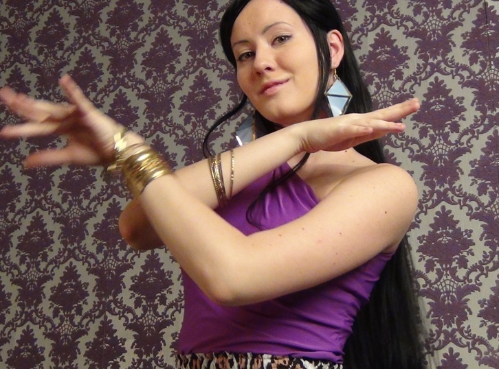 Nico Robin - Dance video by OniksiyaSofinikum
