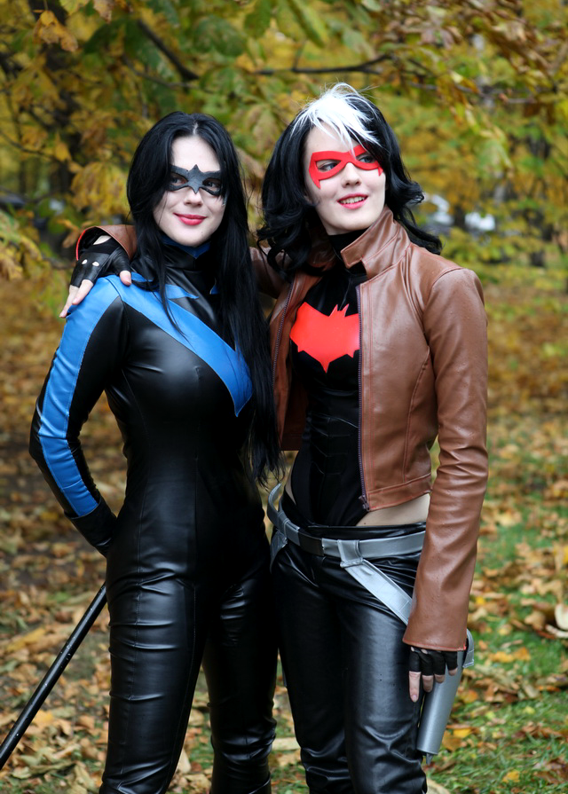 Fem-RedHood and Fem-Nightwing by OniksiyaSofinikum