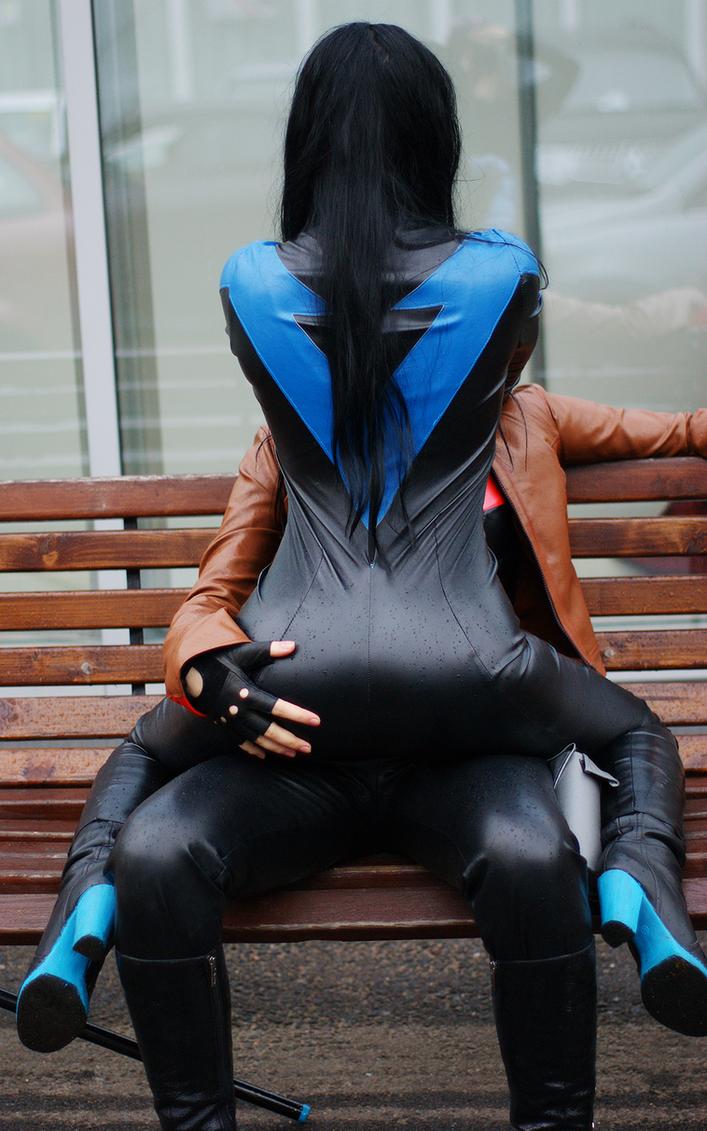 Fem/Nightwing and Fem/RedHood by OniksiyaSofinikum
