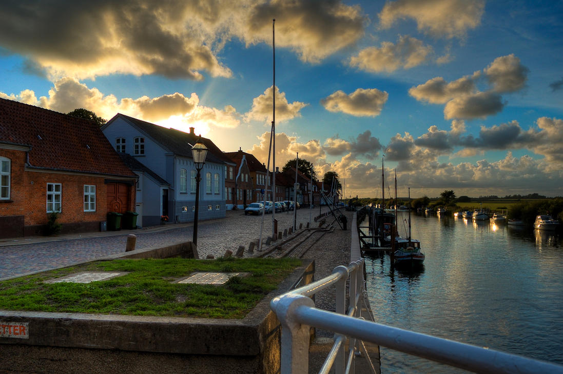 Sunset at Ribe by duolux-kristof