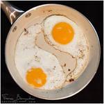 Yin-yang eggs