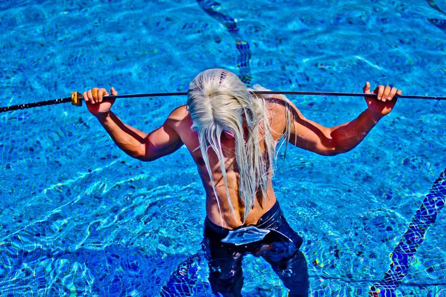 Sephiroth KH2 Cosplay - Photoshoot 3 by vega147