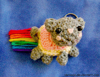 Nyan Cat Keychain by yarnmon