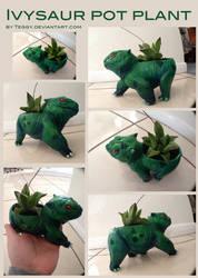 Ivysaur Pot Plant