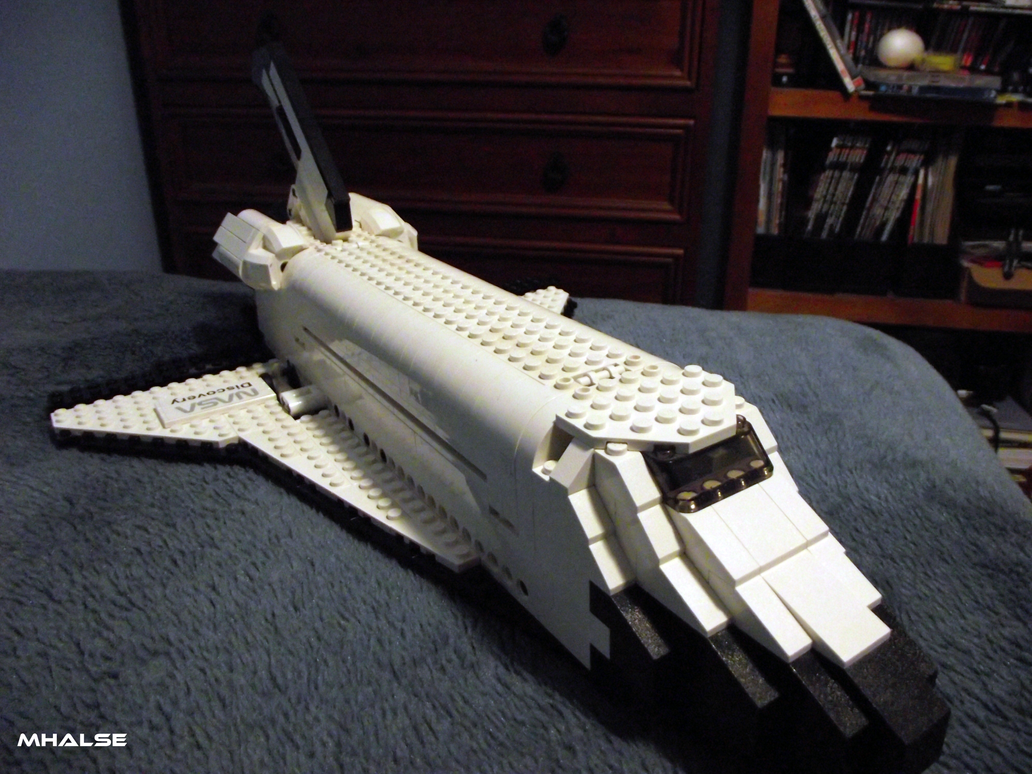 lego space shuttle discovery by mhalse on deviantart. Black Bedroom Furniture Sets. Home Design Ideas