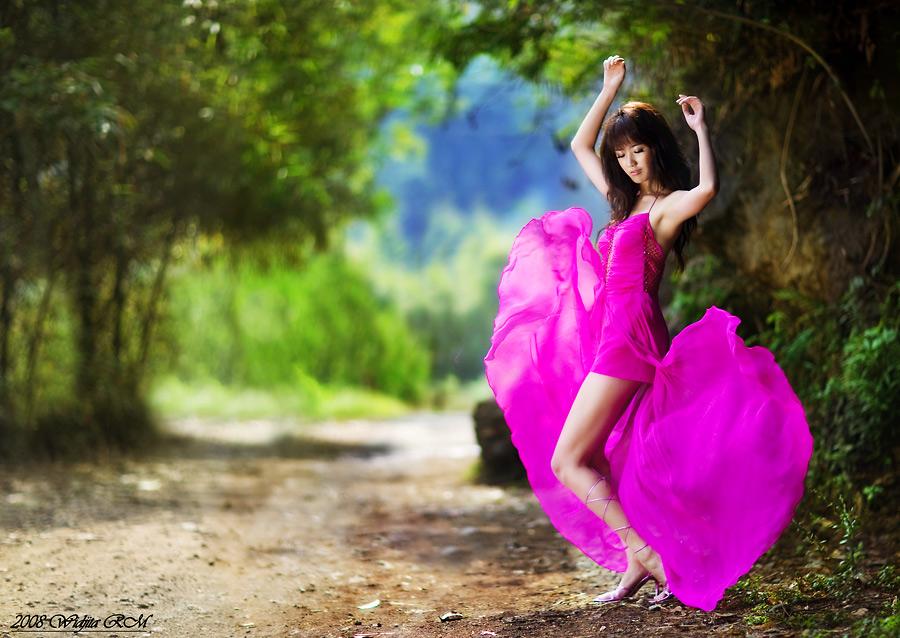 c'mon Dance.... by widjita