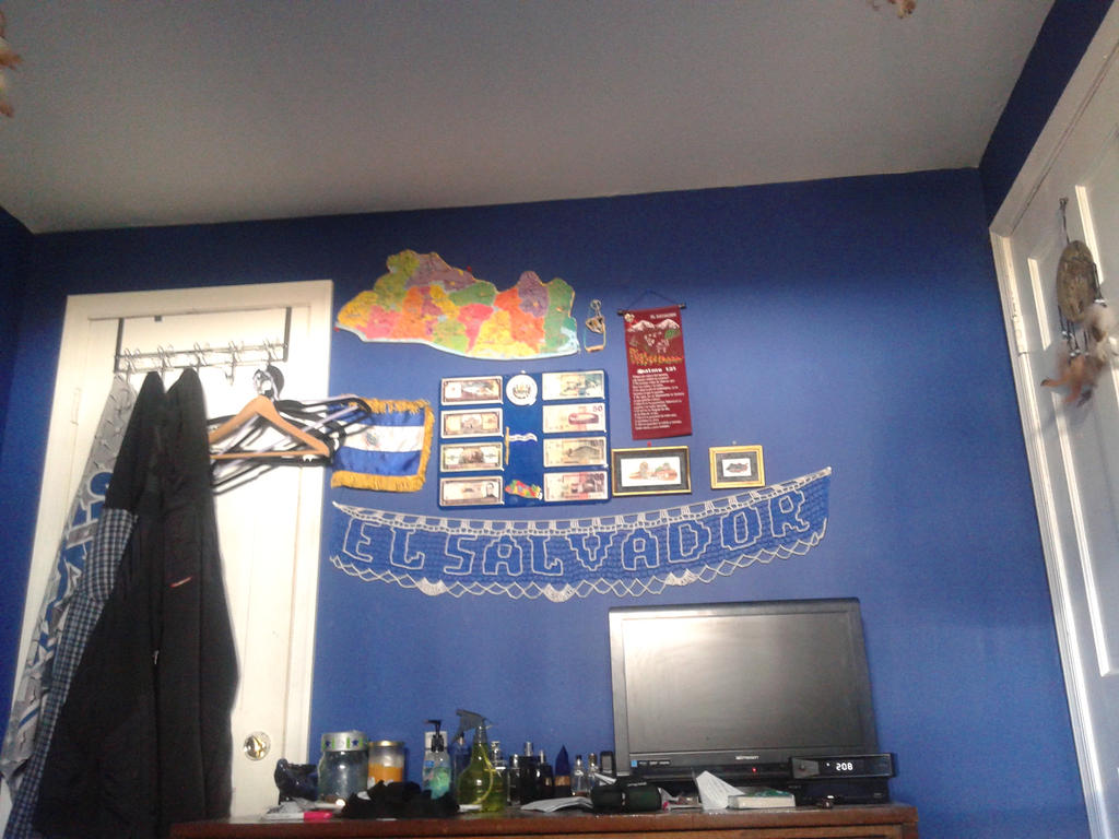 changed my room around looking big by nessalover202