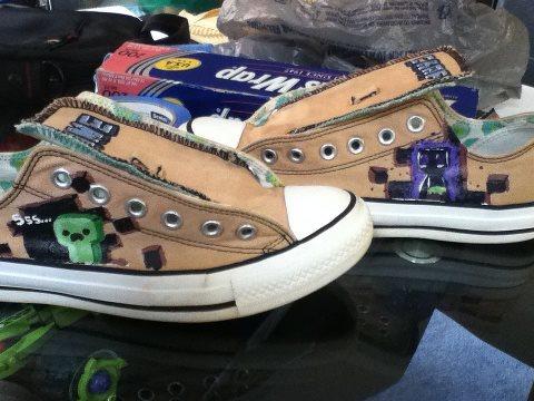 nieuw kopen eerste klas sneakers voor goedkoop Minecraft Custom Converse by Drodengera on DeviantArt