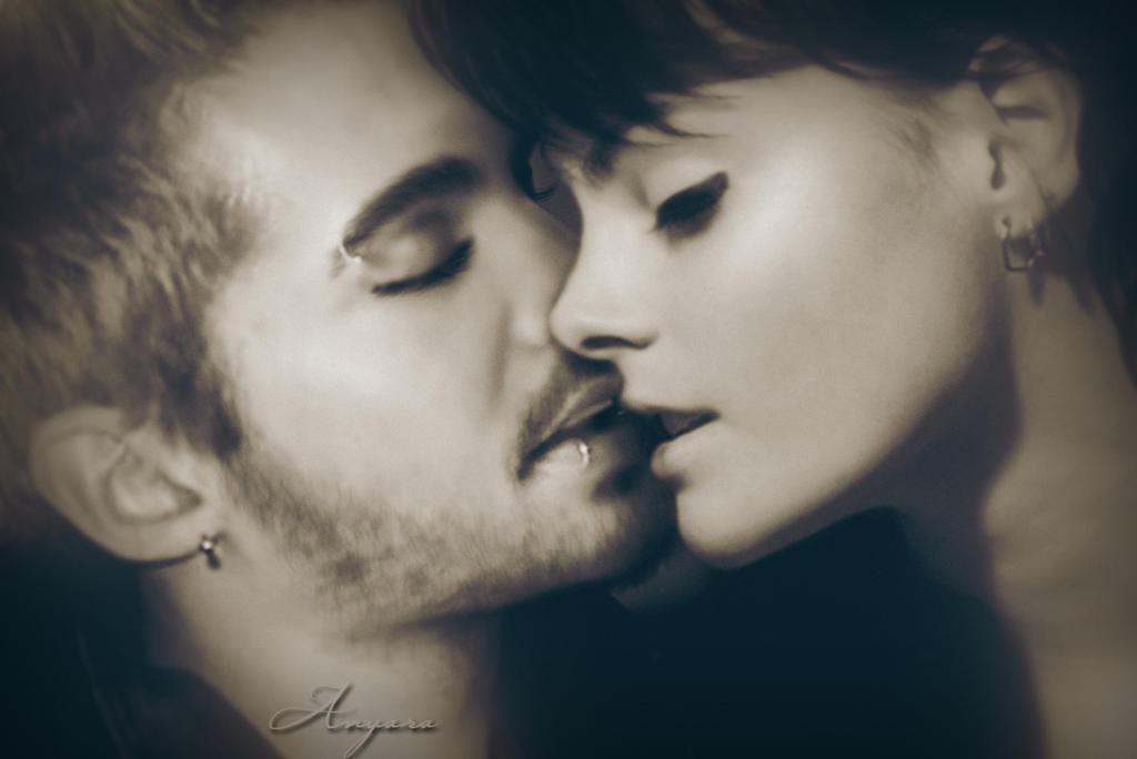 Bill Kaulitz Kiss love