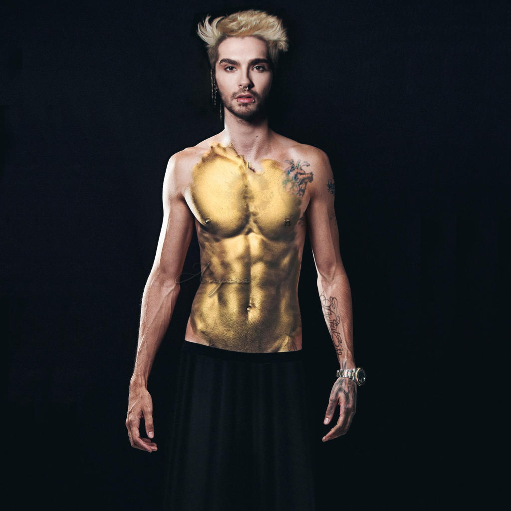 Bill Kaulitz Covered in Gold