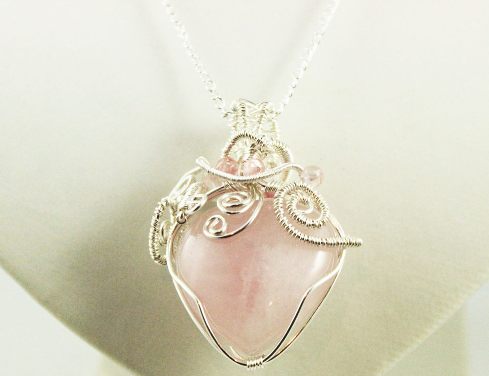 Rose quartz pendant (reedition) by 237743936
