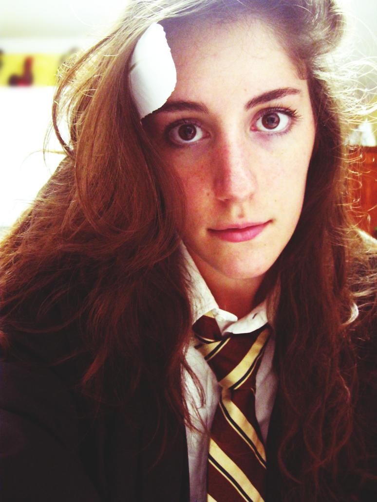 Cosplay: Hermione Granger by Luminosion on deviantARTkikil ru