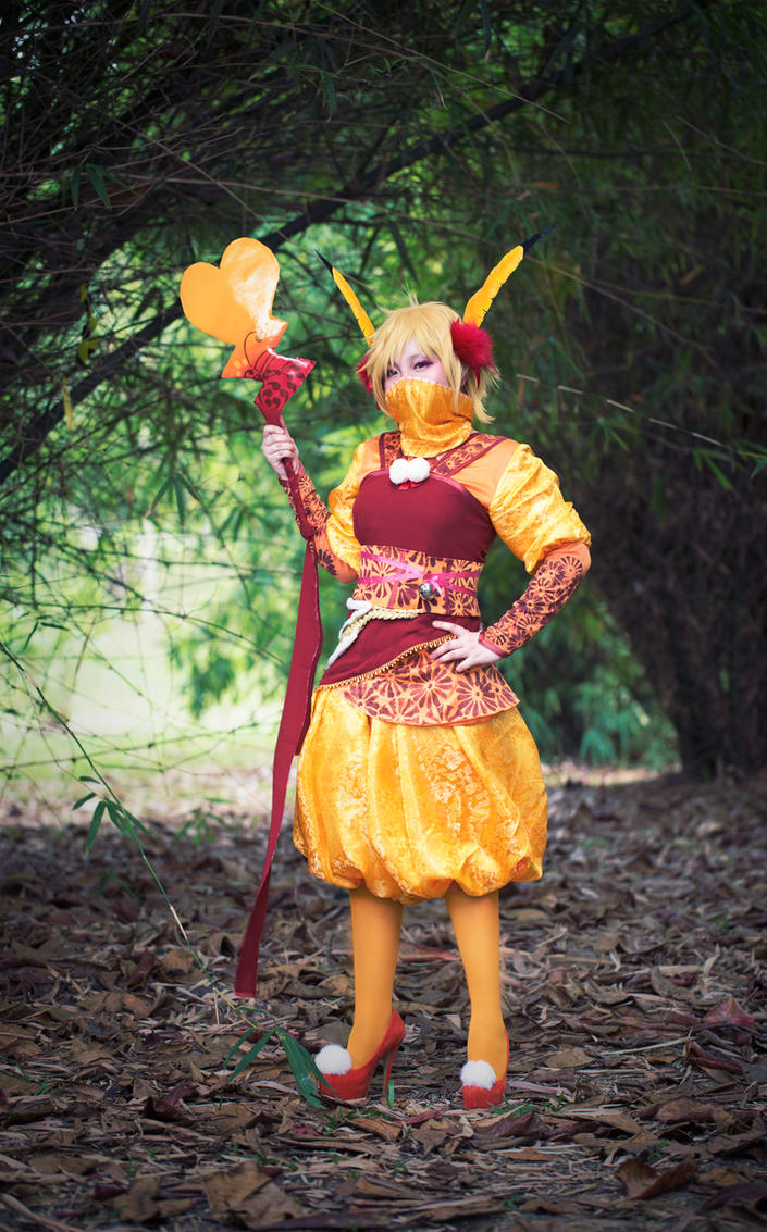 Pikachu (Shiny) Gijinka by curionenene