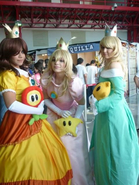 Nintendo Princess by Nao-Dignity