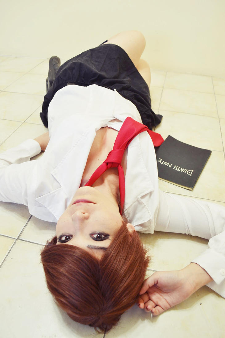 Yagami Light Woman Cosplay by Nao-Dignity