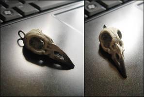tiny bird skull pendant by tiivik