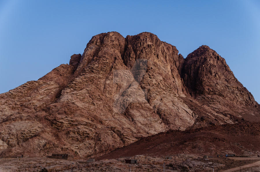 mount horeb chat Mountain situated in the desert of sinai, famous for its connection with the   according to one theory, sinai and horeb are the names of two eminences.