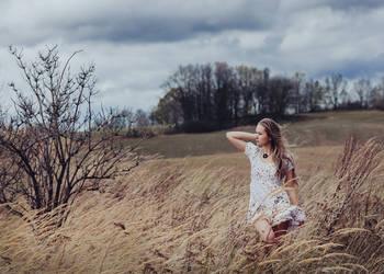 autumn wind by baravavrova