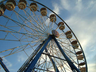 Ferris Wheel by Mrs-Haldir