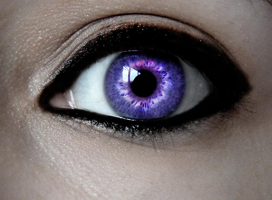 Dark purple eye by Hekate-Destiny on DeviantArt