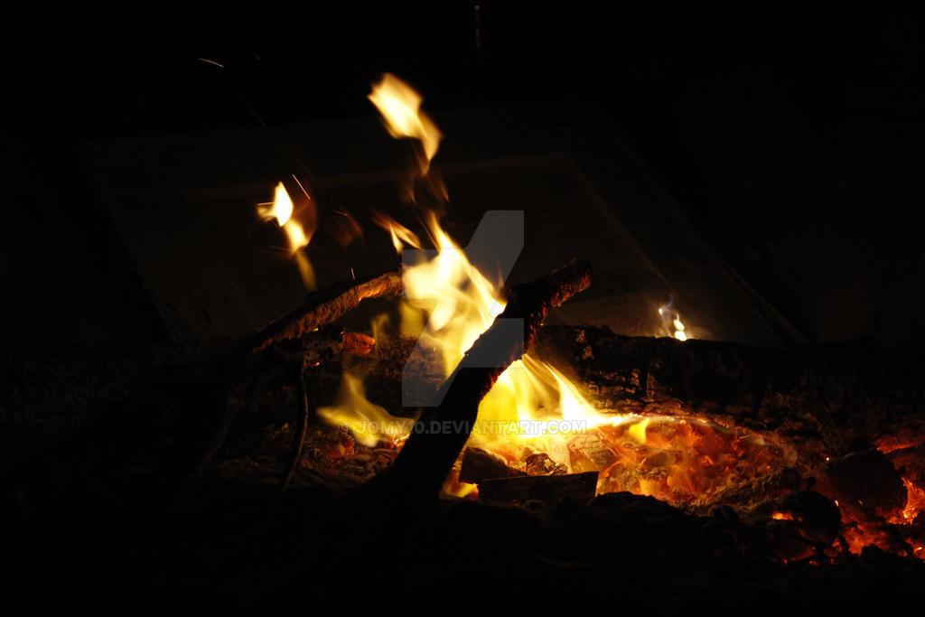 Campfire 2 by jomy10