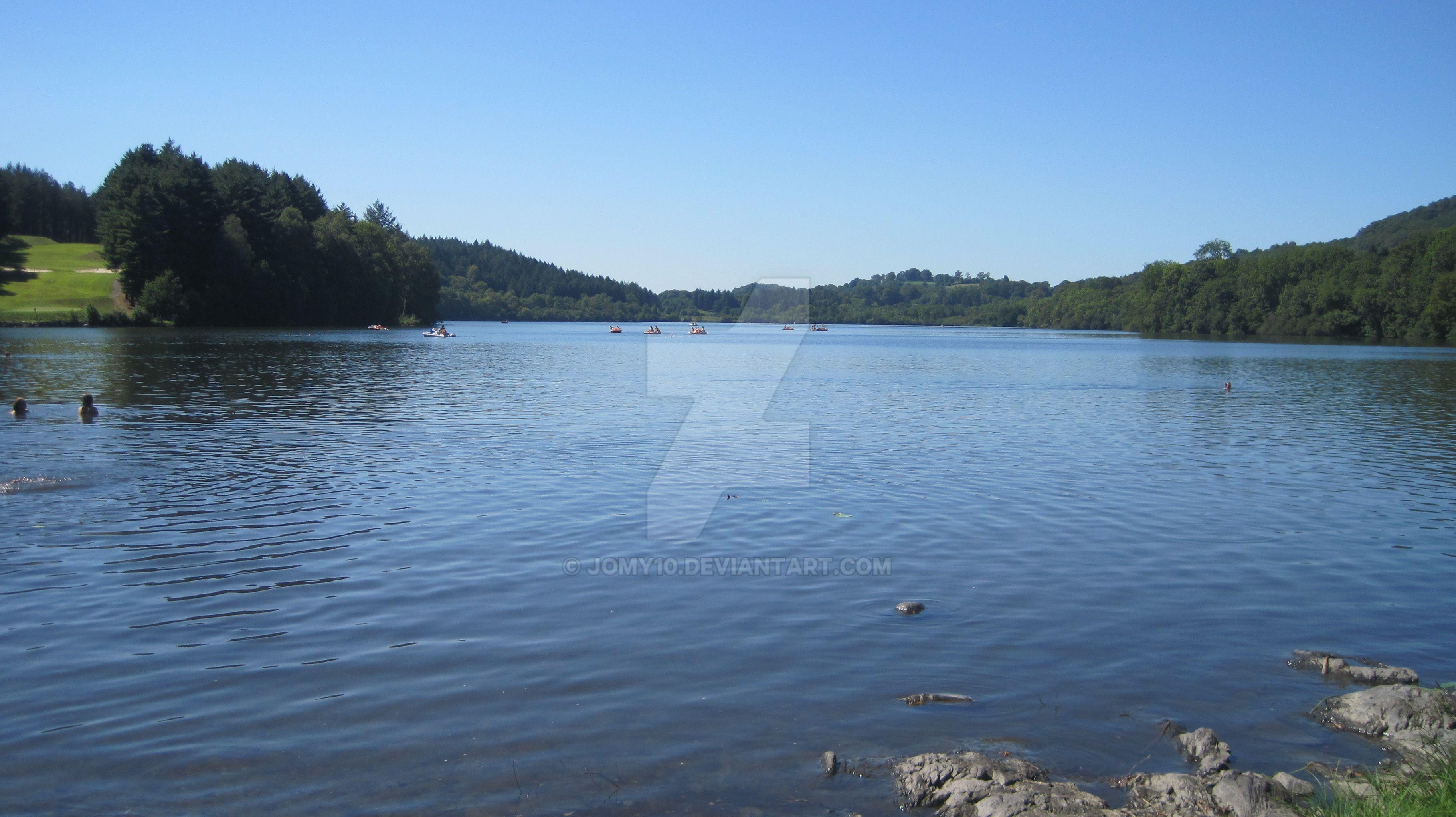 Lac De Lourdes by jomy10