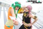 Gumi Megpoid with Luka Megurine - Vocaloid cosplay