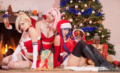 Sakura, Ino and Hinata wish you a Merry Christmas!