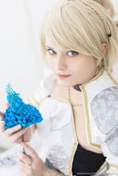 Luna Nox Fleuret cosplayer FFXV Kingsglaive