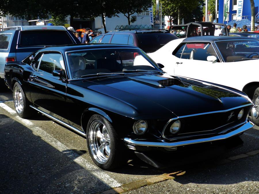 shiny jet black by sevenxlives